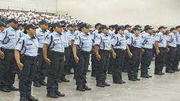 fortaleza, 04 de abril de 2016- formatura da 5™ turma de novos policiais militares do ceara. centro de eventos.  - cidade - 05pl0730  -  JOSÈ LEOMAR